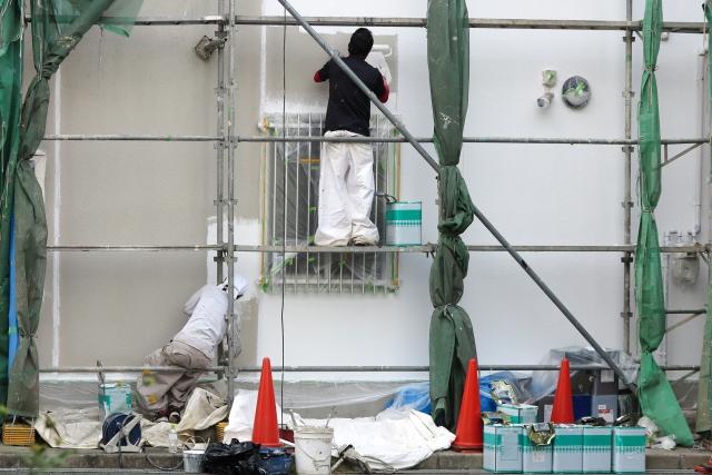外壁塗装工事に欠かせない足場の重要性とその役割