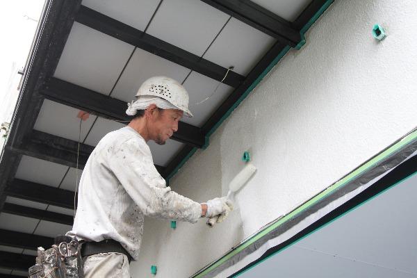 下塗り補修に徹底的にこだわる。 塗装効果と塗装寿命を最大限引き出します!