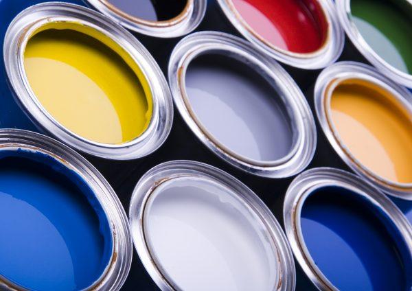 長持ち・防カビ・雨漏り防止などさまざまな機能を持つ塗料